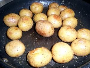 rotkohl-mit-kassler-und-rosmarin-kartoffeln-8